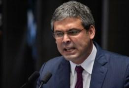 Ex-senador paraibano defende 'Fora Bolsonaro' para evitar 'destruição'