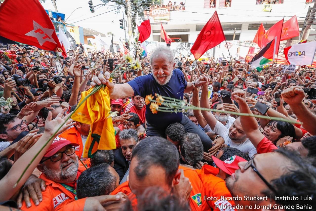 lula2 - Vencedores do bolão da Mega-Sena vão fazer doações para a Vigília Lula Livre