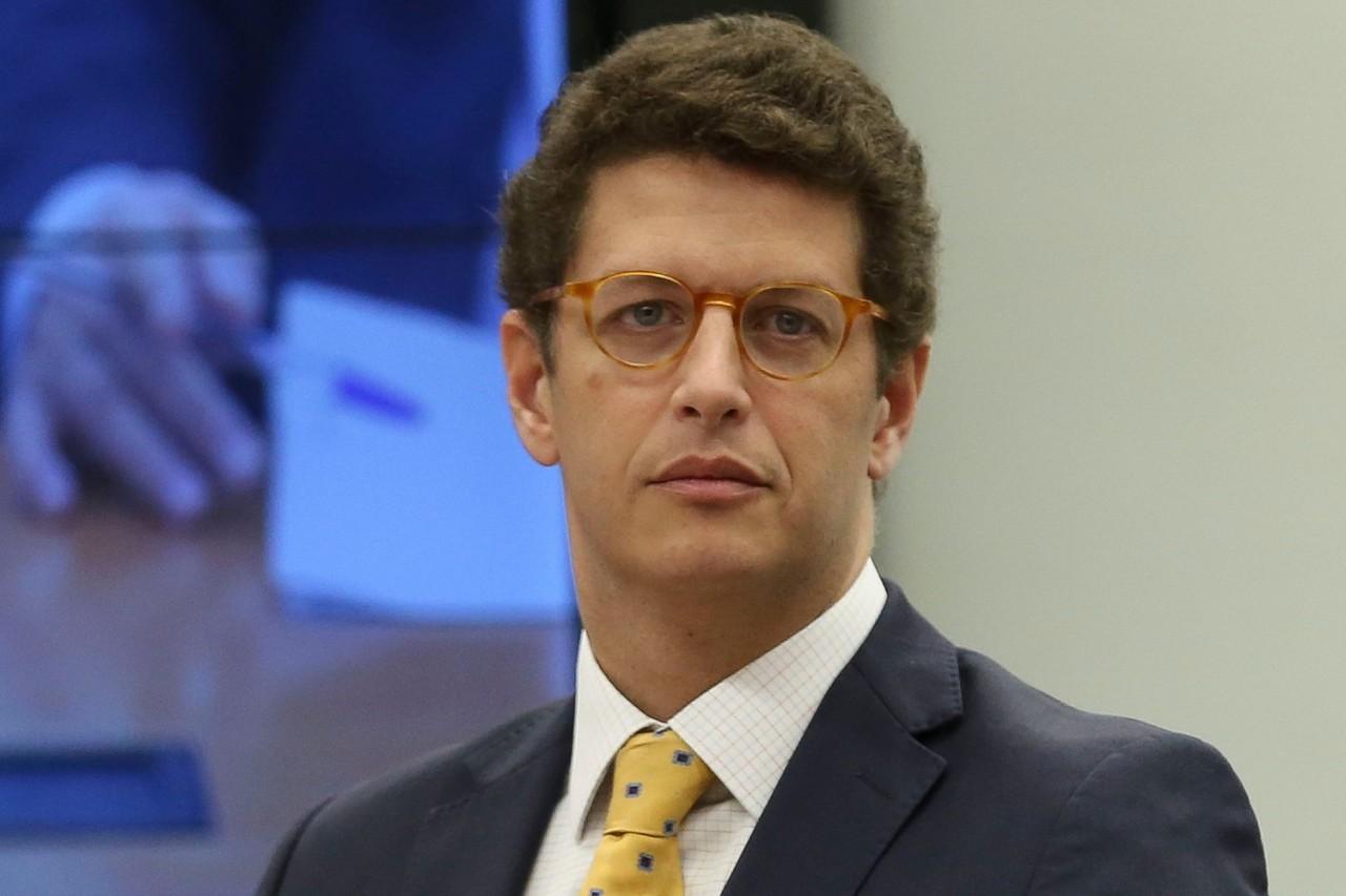 ricardo salles - Procuradoria pede que Justiça afaste Ricardo Salles do Meio Ambiente