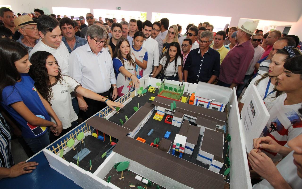 unnamed 4 - João Azevêdo entrega reforma e ginásio de escola cidadã integral em Cajazeiras