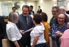 Deputado Tião Gomes recebe manifesto de artistas paraibanos pedindo investimentos na LOA para cultura