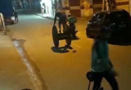 Imagens fortes: homem cai de carretilha de madeira e explode granada que estava no bolso – VEJA VÍDEO