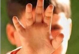 Babá adolescente é detida após estuprar e queimar menino de três anos