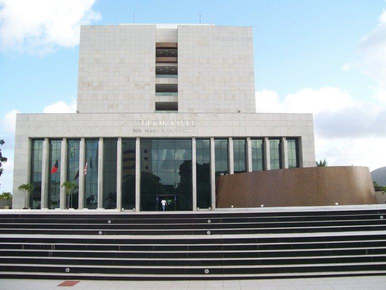 Fórum Cível - Justiça condena mulher que, por meio de fraude, recebeu pensão da PBPrev por 18 anos