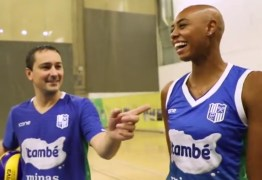 POLÊMICA: Jogadora americana é alvo de ofensa racista em jogo por time brasileiro