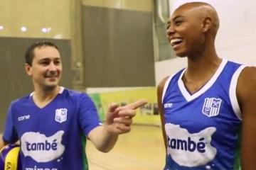 JOGADORA - POLÊMICA: Jogadora americana é alvo de ofensa racista em jogo por time brasileiro