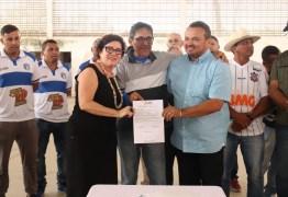 Ordem de Serviço para reforma do Ginásio Poliesportivo do Centro de Conde é assinada pela Prefeita Márcia Lucena