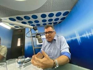 WhatsApp Image 2019 10 31 at 13.51.04 300x225 - O NOME DA RENOVAÇÃO: Artur Bolinha lança pré candidatura e diz que folha inchada de Campina Grande é composta de servidores que não trabalham
