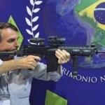 """bolsonaro armas128436 - HISTÓRIA DE TERROR! Bolsonaro opina sobre serial killer que está foragido há 9 dias: """"Arma deixa você dormir em paz em casa"""""""