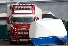 Mortos que foram encontrados em caminhão na Inglaterra eram chineses