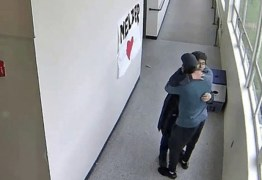 Professor abraça aluno armado e evita tragédia em escola: VEJA VÍDEO