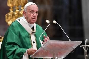 franciscosinodo 300x200 - Papa Francisco diz que Amazônia precisa do 'fogo do amor' e não do 'fogo ateado por interesses que destroem'