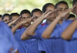 Prefeitura de João Pessoa anuncia adesão a projeto de escolas cívico-militares do Governo Federal