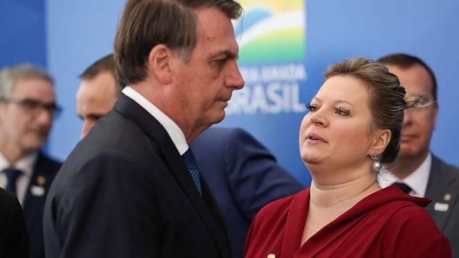 joice hasselmann 660x372 - Joice Hasselmann manda recado para clã Bolsonaro após vídeo com leão: 'burrice é ilimitada'