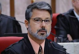 Presidente do TRF-4 diz que Lula 'desfruta de condição especialíssima' e 'não é bem-vindo onde está'