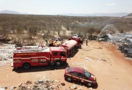 Lixão de Patos queima há três dias e população sofre consequências da fumaça