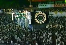 Folião homenageia Campina Grande e relembra carnaval fora de época