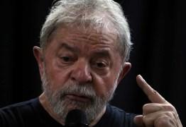 Lava Jato reitera Lula no semiaberto e diz que bens cobrem multa
