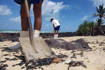 photo 2019 10 17 17 33 46 - Por que a Marinha não consegue impedir que as manchas cheguem à costa do Nordeste