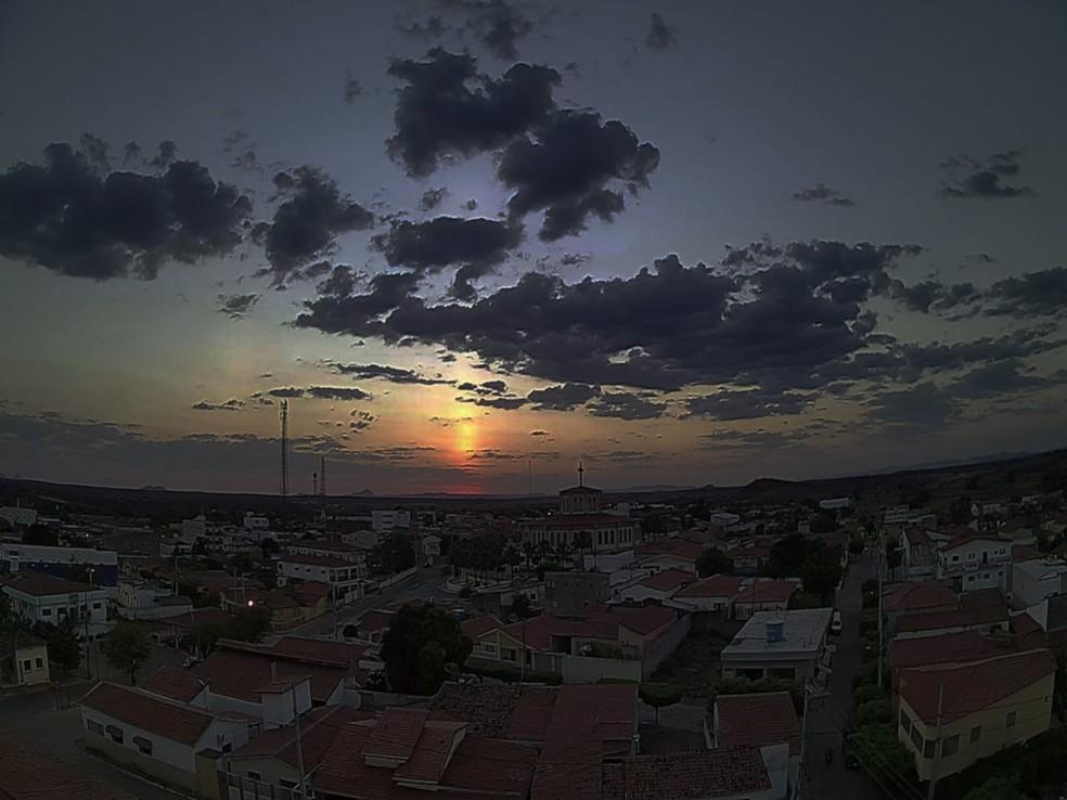 pianco pb clima ao vivo - PILAR SOLAR: Confira o fenômeno raro que deixou os paraibanos encantados