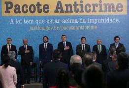 'Criminoso é quem deve temer a lei, não o cidadão', diz Bolsonaro