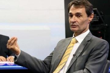 romero 1 e1549898039467 - 'O prefeito Romero Rodrigues, eu digo e posso provar, não respeita o servidor', dispara Napoleão Maracajá