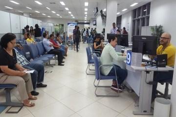 02 - MP do governo Bolsonaro ataca direitos dos bancários e autoriza abertura de agências aos sábados