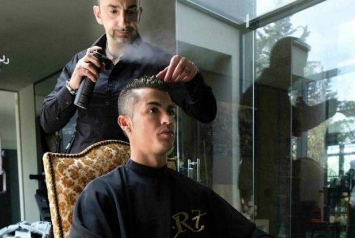 1 cr7 14092952 - CENÁRIO MACABRO: Cabeleireiro de Cristiano Ronaldo é achado morto a facadas em hotel