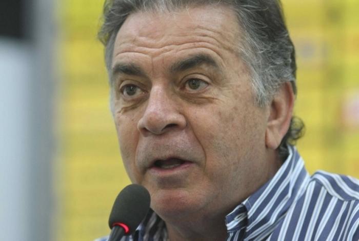 1 pelaipe 5662893 - Árbitro relata ofensas de dirigente do Flamengo: 'Enfia o escudo da Fifa no c...'