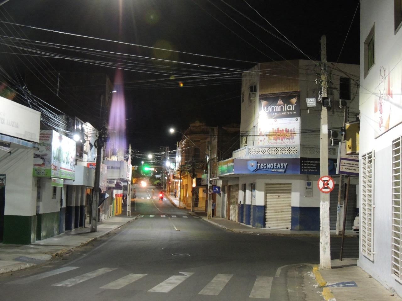 49bdd8b6 a731 483f b5f3 bffe183b21c3 - População de Monteiro, Congo e Cajazeiras é beneficiada com renovação da iluminação pública