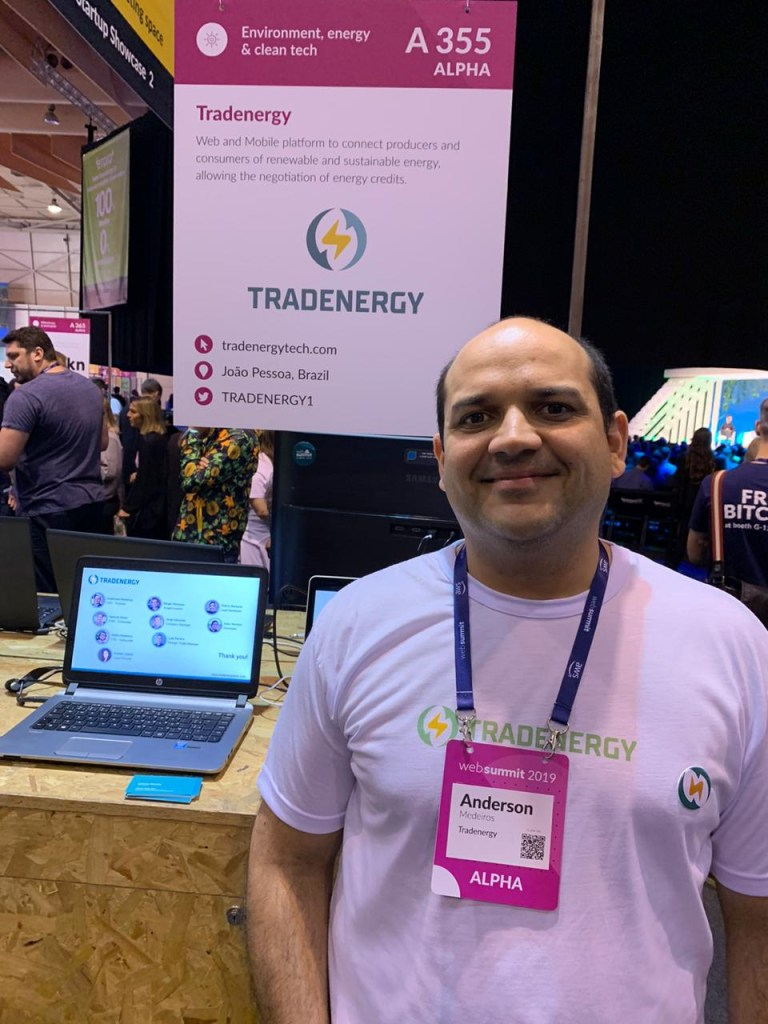 5599d7b5 4f03 4397 9f8c 81816cb3b972 768x1024 - INOVAÇÃO E TECNOLOGIA: Startup pessoense Tradenergy participa da Web Summit em Lisboa