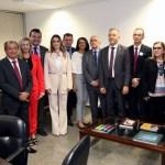 6cbc7d58 4f34 40a4 847d 06fc84f21444 - Aguinaldo Ribeiro recebe comitiva de prefeitos e fortalece apoio aos municípios paraibanos