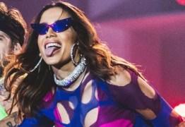 Anitta rebate fã que criticou look ousado para final da Libertadores – VEJA VÍDEO
