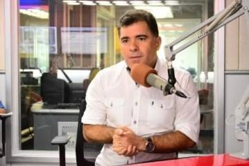 ARTHUR BOLINHA - COPIAR E COLAR: Pré-candidato a prefeitura de Campina Grande copia texto de ACM Neto e vira meme nas redes sociais