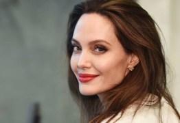 ARREPENDIDA: Angelina Jolie revela descontentamento por ter se casado com Brad Pitt