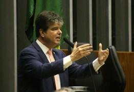 Ruy chama de irresponsável manobra de deputados por não votarem Médicos pelo Brasil – VEJA VÍDEO