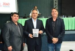 Luciano Cartaxo recebe premiação durante Congresso de Arborização Urbana