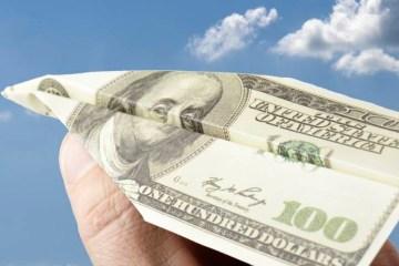 alx economia dolar voando 20140613 02 original - RECORDE! Dólar alcança o maior nível já registrado desde o Plano Real: R$ 4,2061