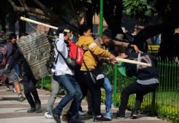 PAUS, PEDRAS E ROJÕES: Manifestações na Bolívia deixam 1 morto e dezenas de feridos