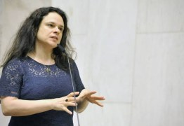 Janaina Paschoal bate boca com líder do PSL na Alesp: 'Pau mandado do PT'; VEJA VÍDEO