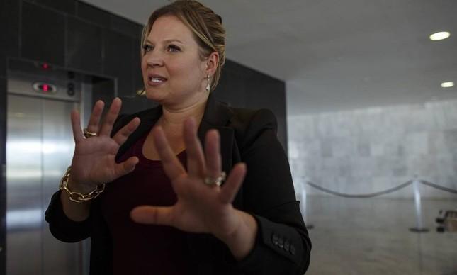 Joice Hasselmann prepara um torpedo para atingir Bolsonaro – Por Lauro Jardim