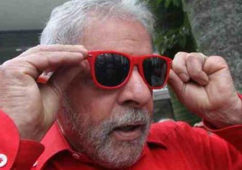 lula oculos106512 - Lula descarta parcerias com Marina e Ciro: 'Cada um tocará seu projeto'