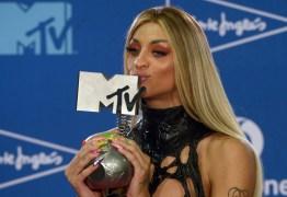 Pabllo Vittar leva prêmio de 'Melhor Artista Brasileiro' no MTV EMA – VEJA VÍDEO