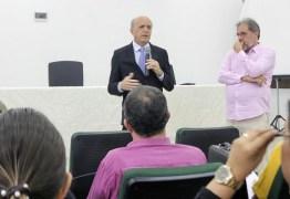 AÇÃO: Secretário apresenta projeto de implantação da Escola de Saúde Pública na PB