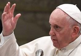 Papa Francisco compara homofóbicos a Hitler: 'são ações típicas do nazismo'