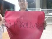 0A856675 90EE 4178 AFAC D78CDCD0B6D0 - Militantes contra e a favor da prisão de Ricardo protestam na sede da Polícia Federal