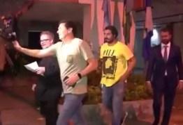 Ator da Globo é detido por posse e uso de drogas no Leblon