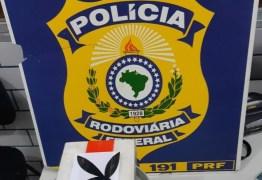 COELHINHO TRAFICANTE: PRF apreende cocaína escondida em caixa da 'Playboy'