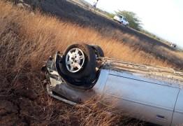 ACIDENTE: Motorista morre após capotamento na BR-230, em Sousa