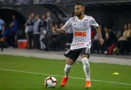 De saída do Corinthians, Clayson foi um dos maiores garçons do Brasileiro